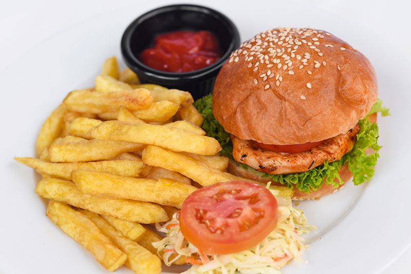 KIDDIE CHICKEN BURGER & FRIES