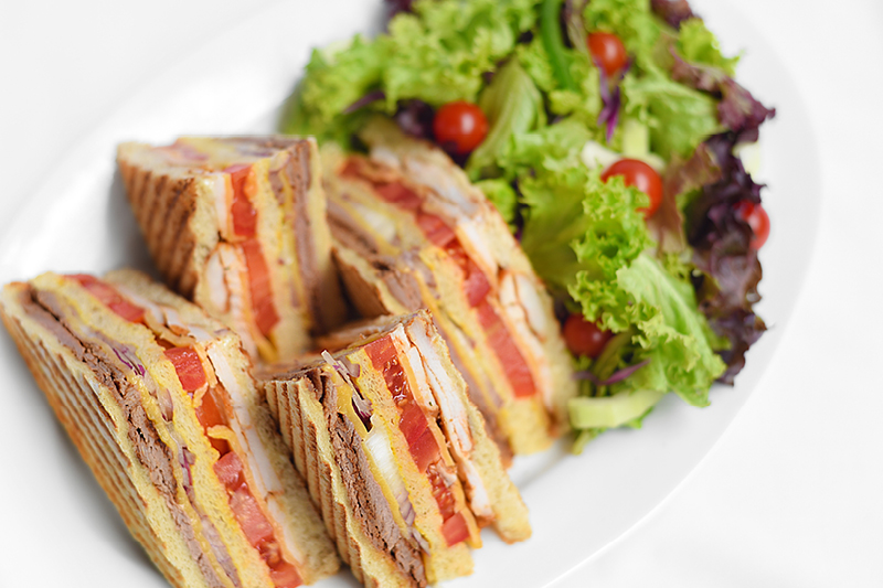 CJ's CLUB SANDWICH