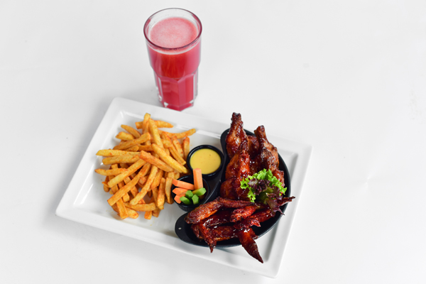 CHICKEN WING MEAL COMBO